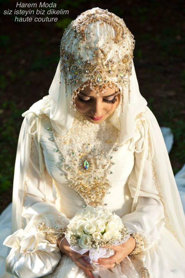 Harem Moda tesettur gelinlik Siz isteyin biz dikelim #harem #moda #haremmoda #haute #couture #hautecouture #ozel #dikim #fashion #hijab #mode #trouwjurk #style #hoofddoek #moslima #tesettur #hilversum #fashion #bridal #wedding #dresses #gelinlik #gelinlikci