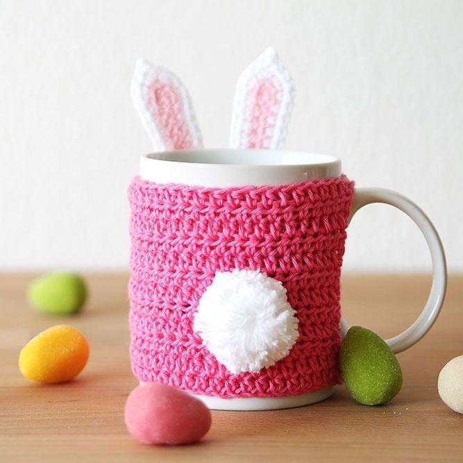 Easter Bunny Mug Cozy | FaveCrafts.com