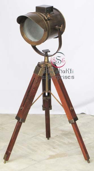 Antique Search light With Stand  Item Code : N24-6577   Finishing : Brown Antique   Material : Aluminium & Timber Wood   Dimension : Full open height -69cm