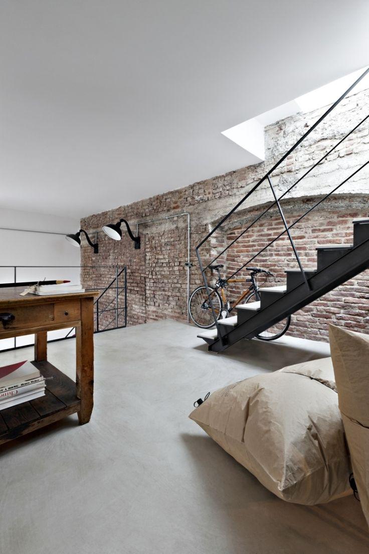 Lekker rauw: een bakstenen muur in huis