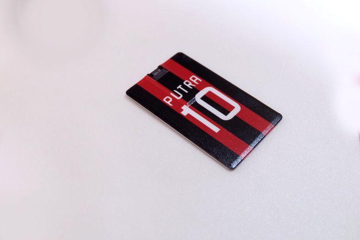 Mas Cinderamata memproduksi custom USB kartu untuk kebutuhan promosi dan souvenir Anda.  For info 081222054747
