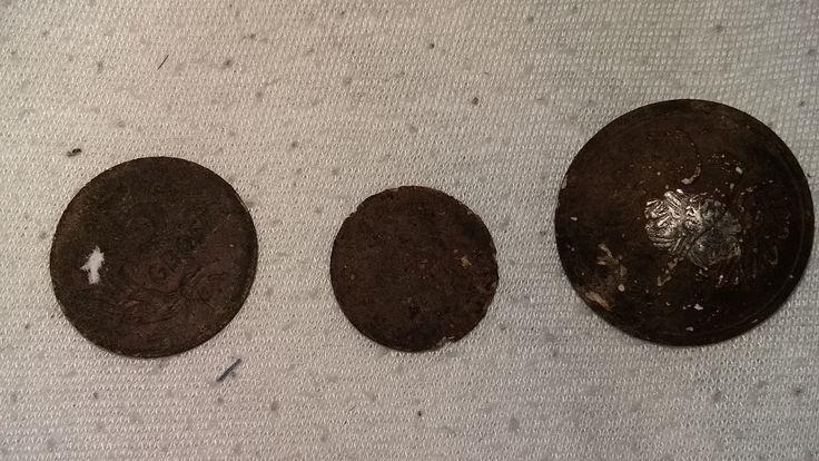 5 groszy 1949, 1 fenig 1943 i wojskowy guzik