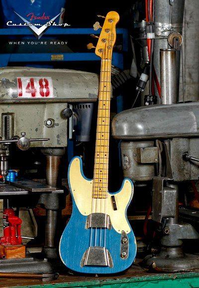 Fender Precision 1951 Lake Placid Blue