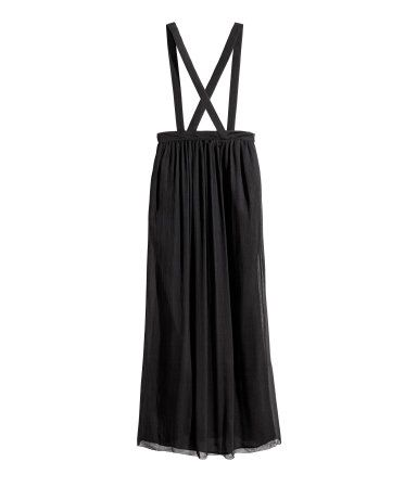 Black. STUDIO COLLECTION. Skirt in airy crinkled silk chiffon with adjustable shoulder straps, gathers at the top and a concealed zip in the side. Lined.