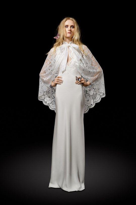 Elizabeth Fillmore 2017 wedding dress collection - Brides reviews collection from New York Bridal Fashion Week April 2016 (BridesMagazine.co.uk)