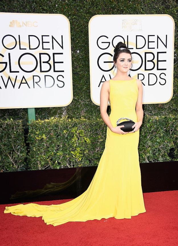 While everyone collectively lost their minds over some crazy Golden Globes moments last night, our lord and savior Arya Stark, aka Maisie Williams, was busy low-key destroying the red carpet. | Maisie Williams Looked Like A Goddamn Disney Princess At The Golden Globes