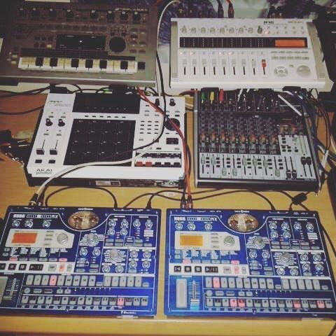 """Got my blue beauties hooked up. Going to try put something good together…"