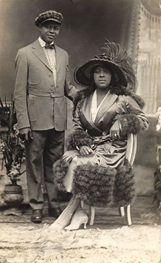 +~+~ Antique Photograph ~+~+ Elegant African American Couple 1910.