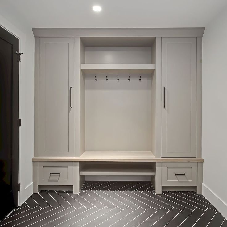 80 Modern Farmhouse Mudroom Entryway Ideas Build A