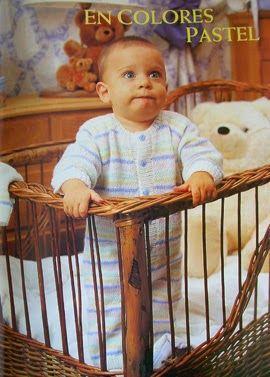 El clásico pijama con botones para dormir calentitos en invierno. Pueden tejerlo en alguna fibra de algodón para que sea mas cómodo y no pique. Tamaño Tiene 53 cm de alto total… asi que dependiendo de la altura del bebe… yo diría que es para los primeros meses de vida. Materiales 70 gramos de Fibra acrílica color Blanco 20 gramos [...]