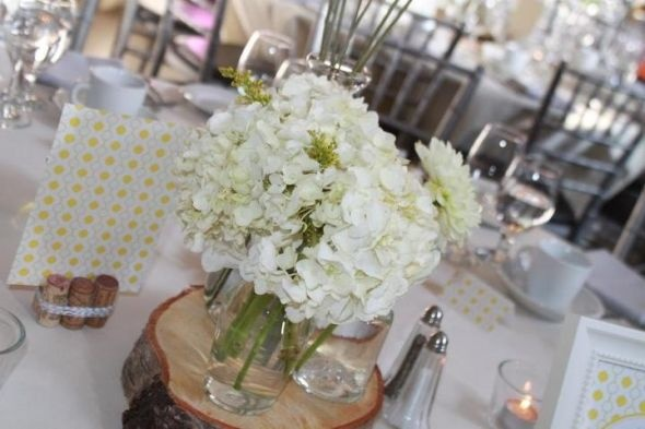Birch wood slabs for centerpiece wedding table