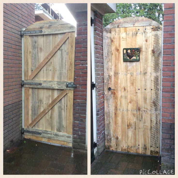 Nieuwe poortdeur van 3meter pallets hout van 25 mm nu nog onbehandeld alleen geschuurd - Foto houten pallet ...