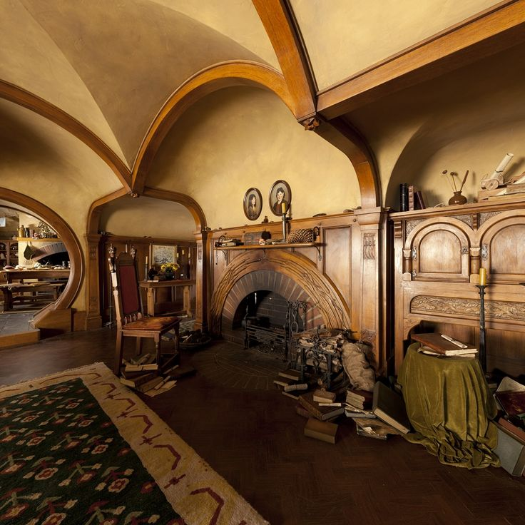 Hobbit Home - perfect cozy living room