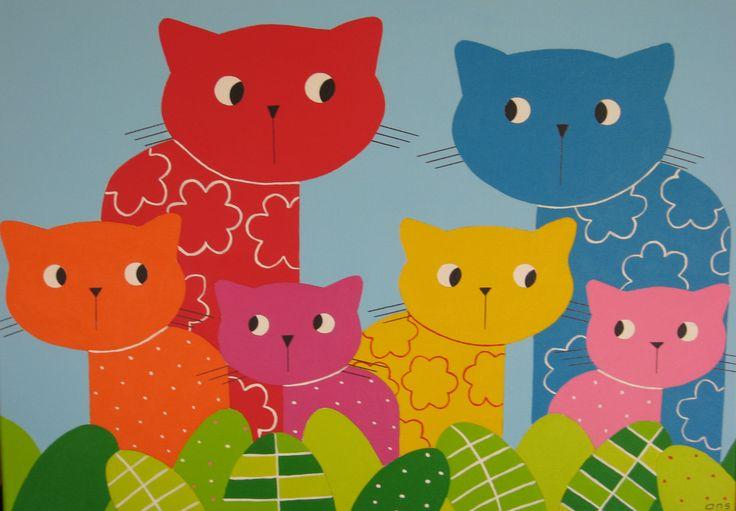 POEZENFAMILIE MET BLAUWE ACHTERGROND De poezenfamilie vrolijkt de kinderkamer op. Kinderkamer kunst.