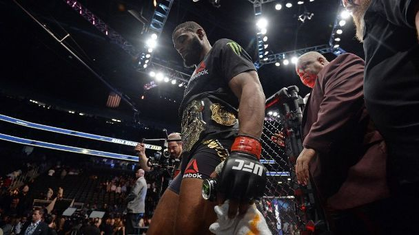 UFC 209 was never going to bring the lightweight division into focus. As long as Conor McGregor is sitting atop that weight class, uncertainty will reign. But at the very least, we were expecting some clarity on the general hierarchy of the 155-pound division last weekend. An interim...