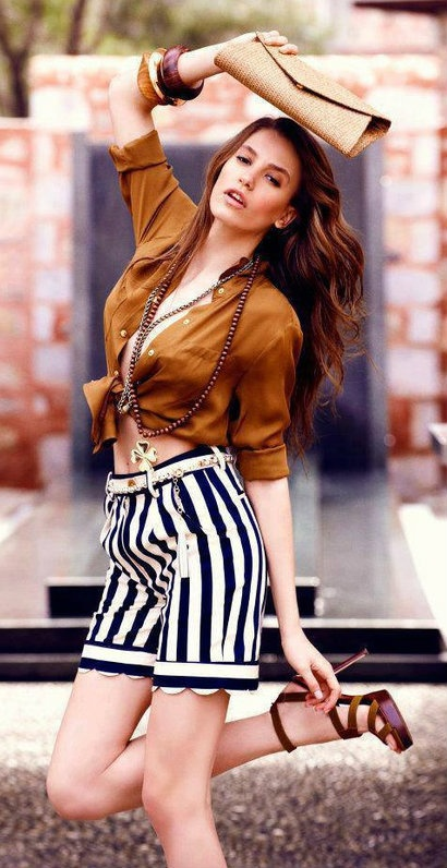 Turkish Actress - Serenay Sarikaya