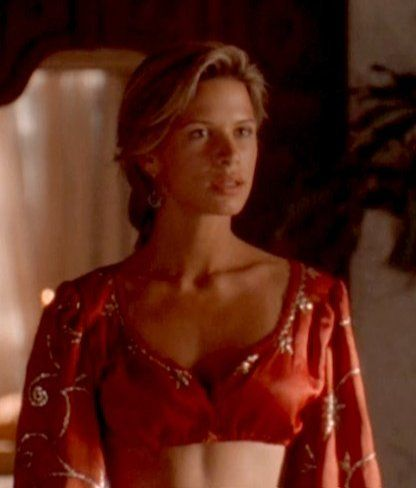 Rhona Mitra in A Kid in Aladdin's Palace (1997)