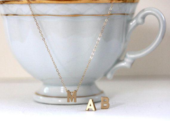 mirá @miriam2249  son mis iniciales, con una tacita de té al lado, perfecto! // My initials :D