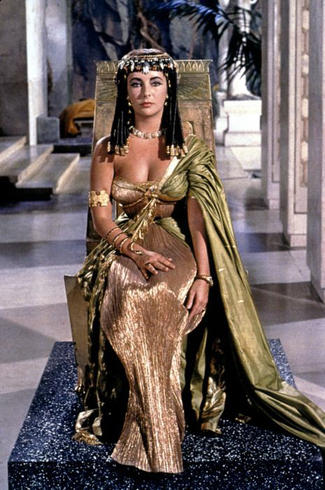 Elizabeth Taylor in 'Cleopatra', 1963. Queen of the Nile? She looks like a goddess of the universe.