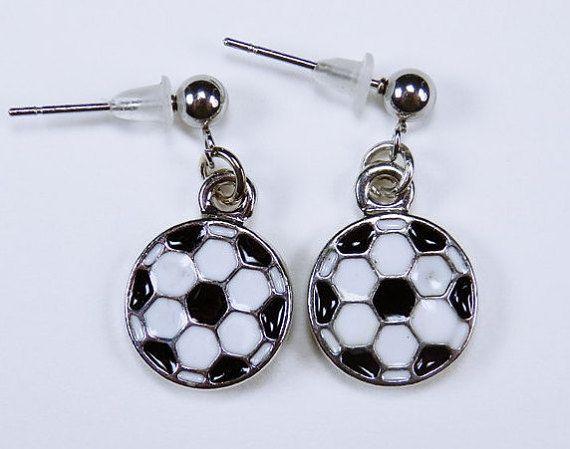 Ohrringe Fußball   Ohrstecker aus Edelstahl  von ArtJewelryFun