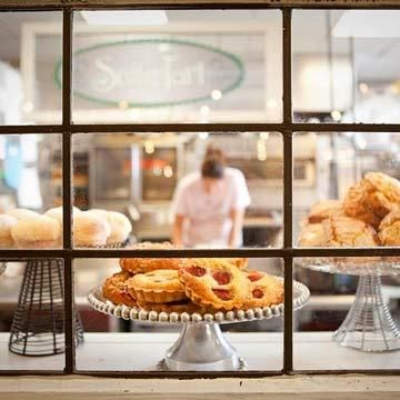 Indulge in decadent pastries, fresh-baked breads and more at these bakeries we love. mpls pride!