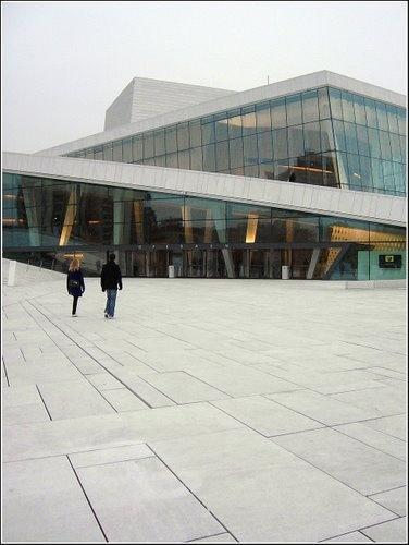 Operaen Oslo,Noruega -it's breathtaking white in the sun
