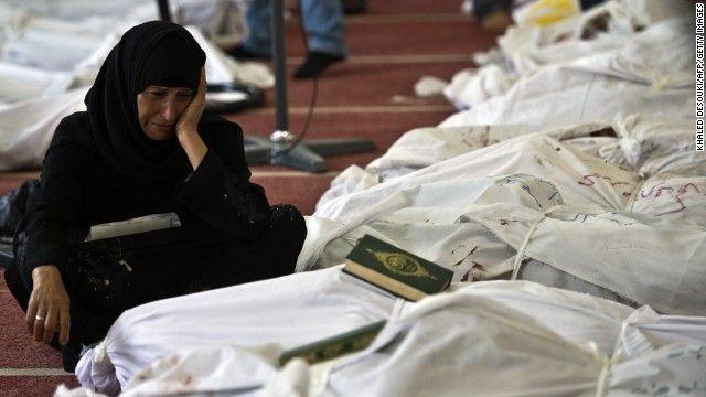 15.08.13: Hermanos Musulmanes desafían el estado de emergencia en Egipto   CNN en Español.