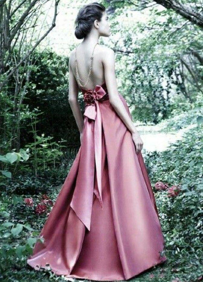 ♥♥♥♥ BEAUTIFUL bridesmaid dress