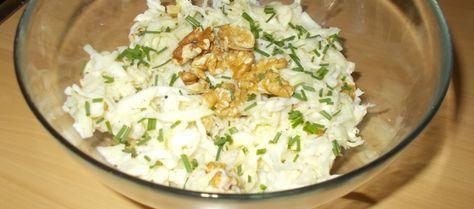 Wittekoolsalade Met Appel, Walnoten En Zure Room recept | Smulweb.nl