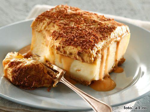 Ai pofta de ceva dulce, dar te-ai saturat de produsele clasice din magazine? Incearca sa faci acasa o prajitura delicioasa cu mult caramel si biscuiti.  Praji