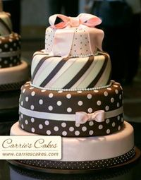 Fondant frosted cakes