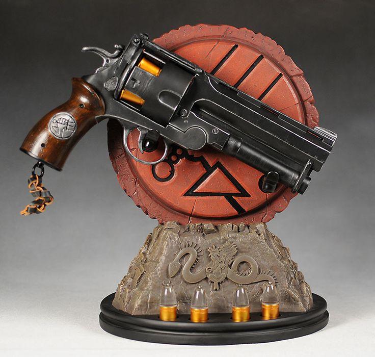 Hellboy Samaritan prop replica by Sideshow Collectibles