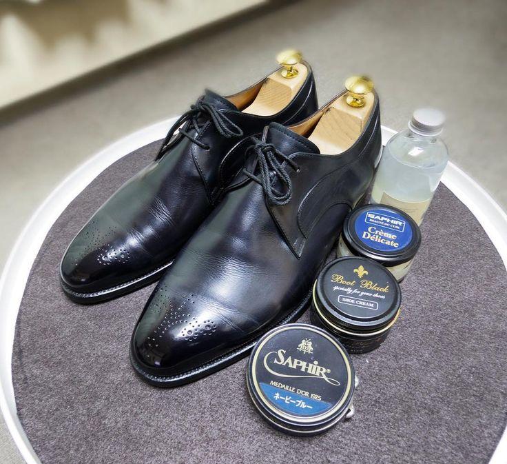 三陽山長 靴磨き手染めの青を濃紺に染めかえてもらった靴 #sanyoyamacho #shoes #saphir #bootblack #m0851 #shoecare #三陽山長 #紳士靴 #革靴 #サフィール #ブートブラック #靴磨き #シューケア