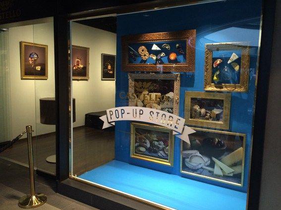 Pop-Up Store display, window display, visual merchandising