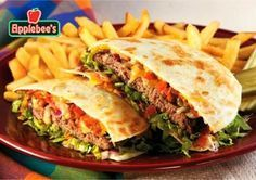 i dont like Applebee's but damn this quesadilla burger changed my mind!