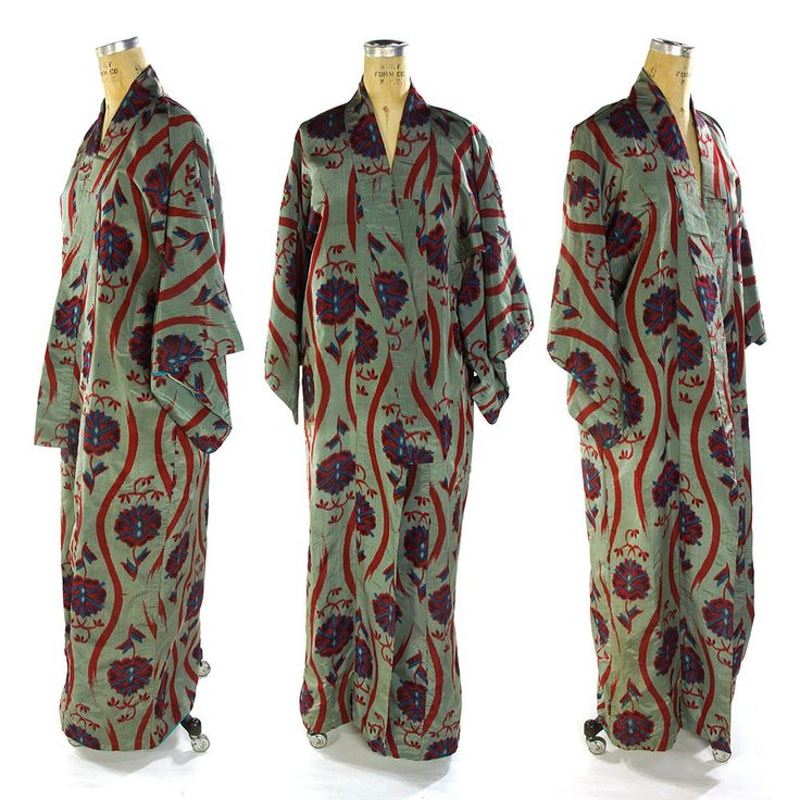 Silk Ikat Kimono Vintage 1970s Abstract Floral Pattern Duster Long Butterfly Sleeve Traditional Japanese Robe Ethnic Bohemian Art Nouveau by SpunkVintage