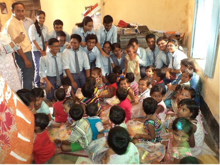 The participation of 1st year students in a Donation activity funded by themselves, of study materials & refreshments to 60 little kids , the budding members of the student community of our country, of nearby primary school under No. 1 Indira Nagar Sushanhata Sishu Vikash Seba Prakalpa