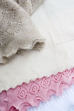 Baby Blankets: Delicate Babyblanket, Baby, Baby Duds, Baby Children Knits, Baby Blankets, Baby Knits, Blankets Quilts, Knits Blankets, Bebé Daniela