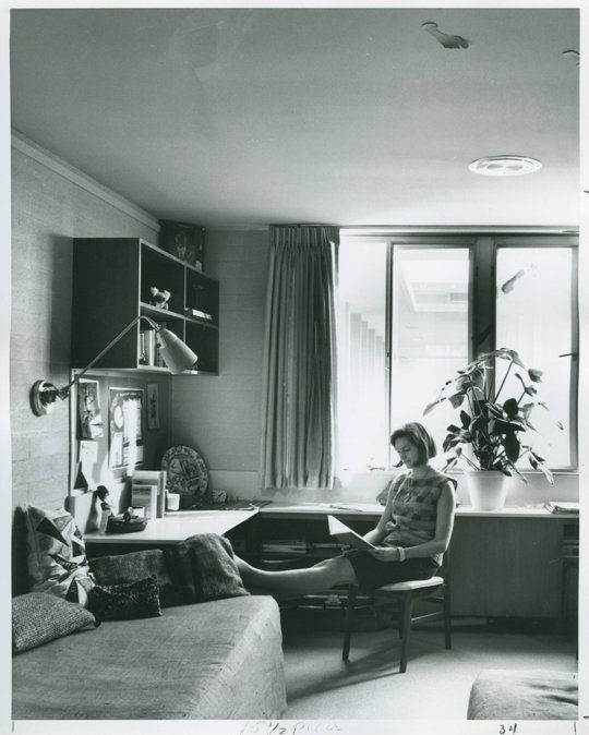Love this understated dorm room decor from the 60s(?).  Would be nice for a small apartment. via Apartment Therapy