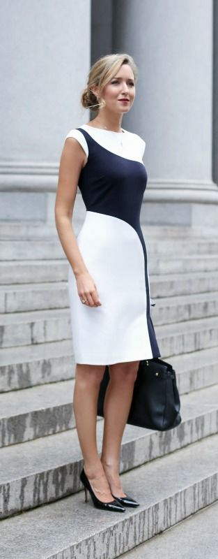 What to wear for a business presentation {white and navy colorblocked sheath dress, black pointed toe patent leather pumps, black tote, low bun hairstyle}