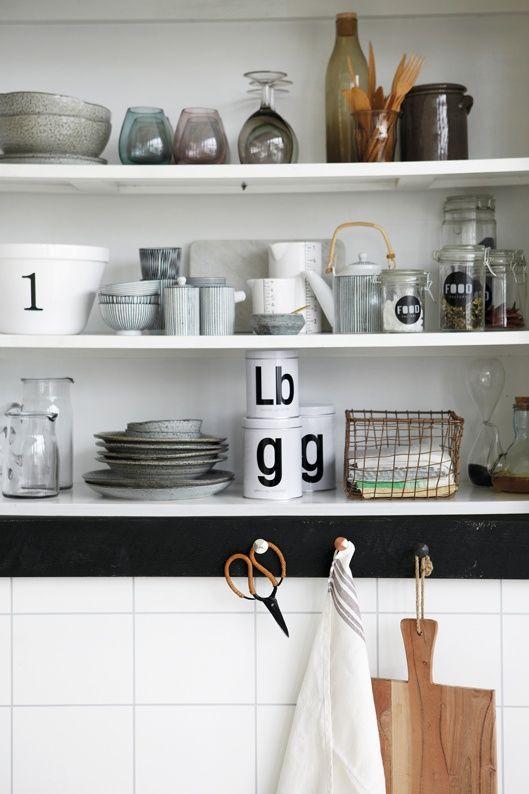 Melkkan & Suikerpot Pen Stripe By Hand | Keuken & Tafel | Toef Wonen  Black & White Kitchen Deco Inspiration