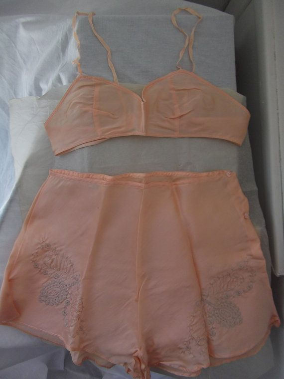 20s: Silk Lingerie, 1920S Peaches, Lingerie Set, Vintage Good, Silk Good, Bras And Panties, 1920S Lingerie, Peaches Silk, 20S Silk