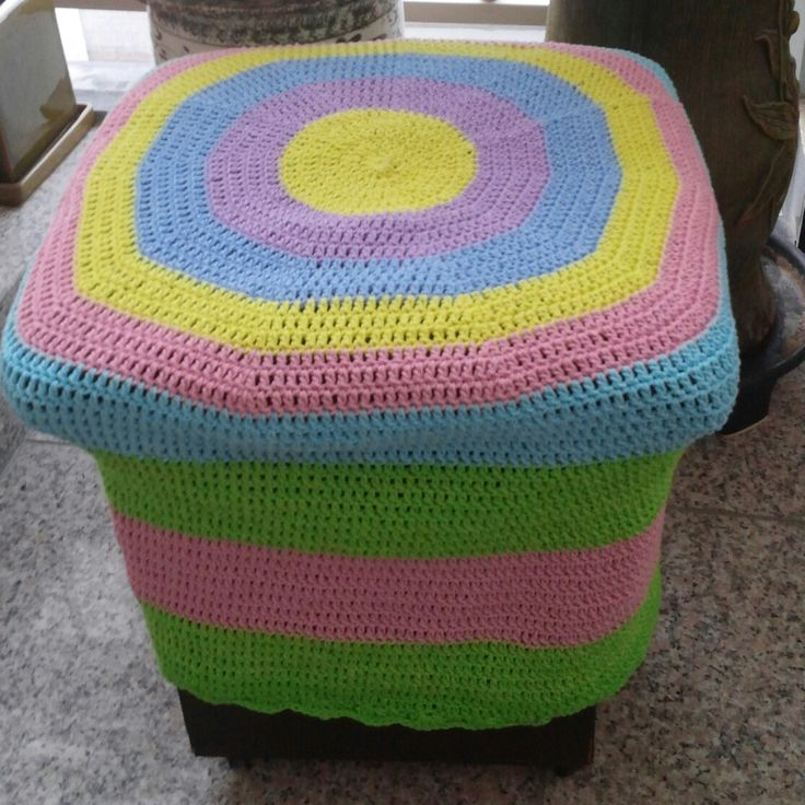 Knit chaircover