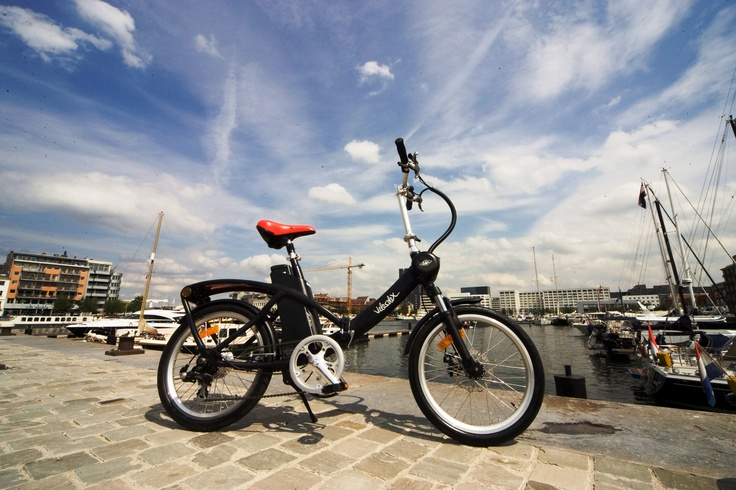 I discovered the Velosolex on the Road... Nice Electric Foldable Bike