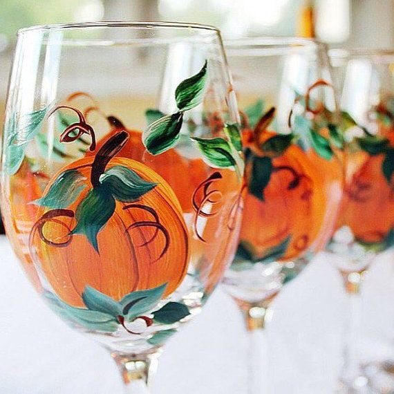 Thanksgiving Decor, Thanksgiving table decor, Hand Painted pumpkin wine glasses- Set of 4, 20 oz wine glasses