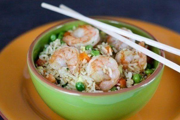 Фото к рецепту: Креветки с рисом