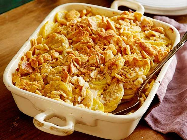 Cheesy Squash Casserole - substitute greek yogurt and panko instead of sour cream and ritz crackers!