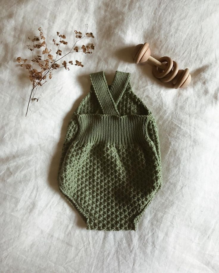 "462 Likes, 78 Comments - Hank Knitwear (@hank_knitwear) on Instagram: ""A variation of our Maude romper about to head out the door ♡ . . . . . . . . . . #hankknitwear…"""