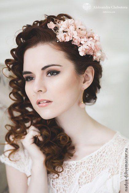 Веточка из персиковых цветочков для невесты. Handmade.