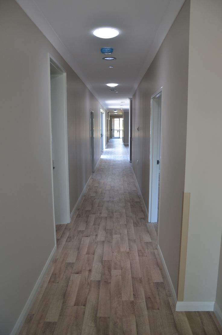 light wood grain decor vinyl flooring